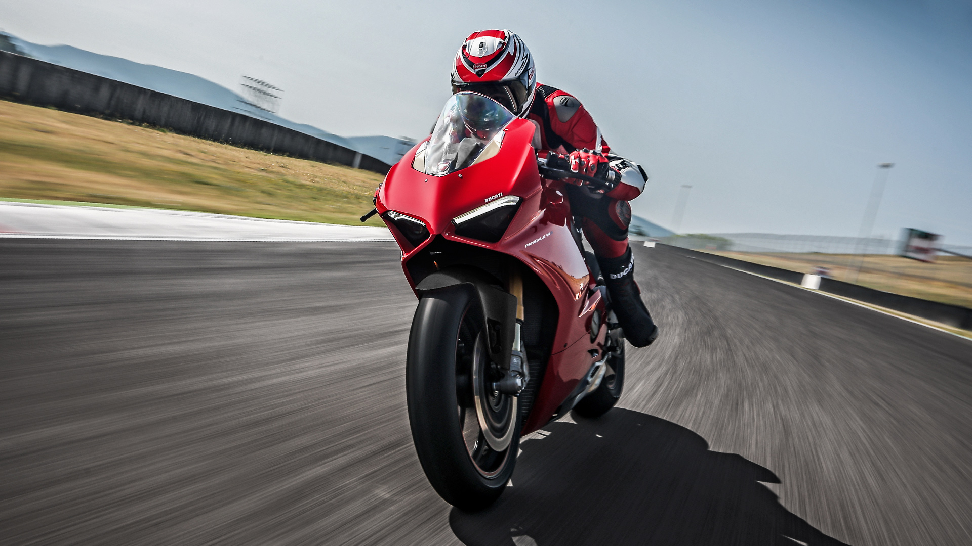 Ducati V Front