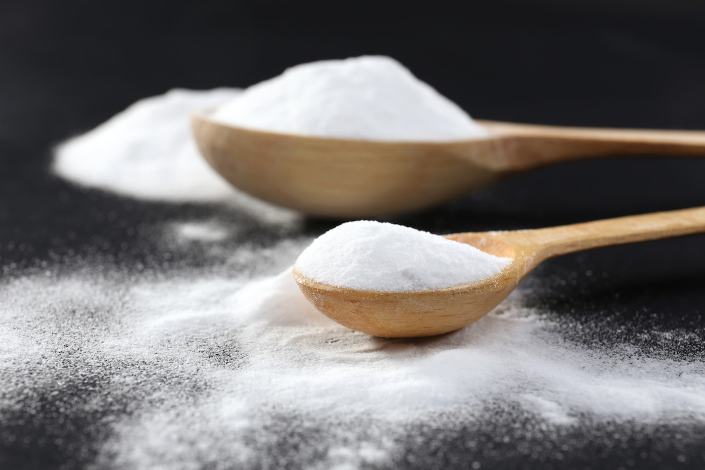 Baking Powder vs  Baking Soda: What's the Difference? - 2019