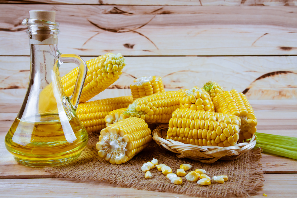 Learn How to Cook With Corn Oil and the Health Benefits of Corn Oil - 2021  - MasterClass
