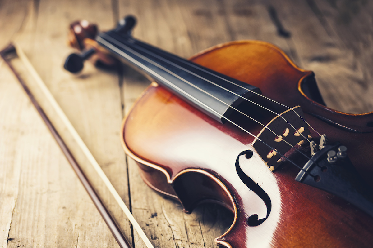 Music 101: What Is the Difference Between a Fiddle and a
