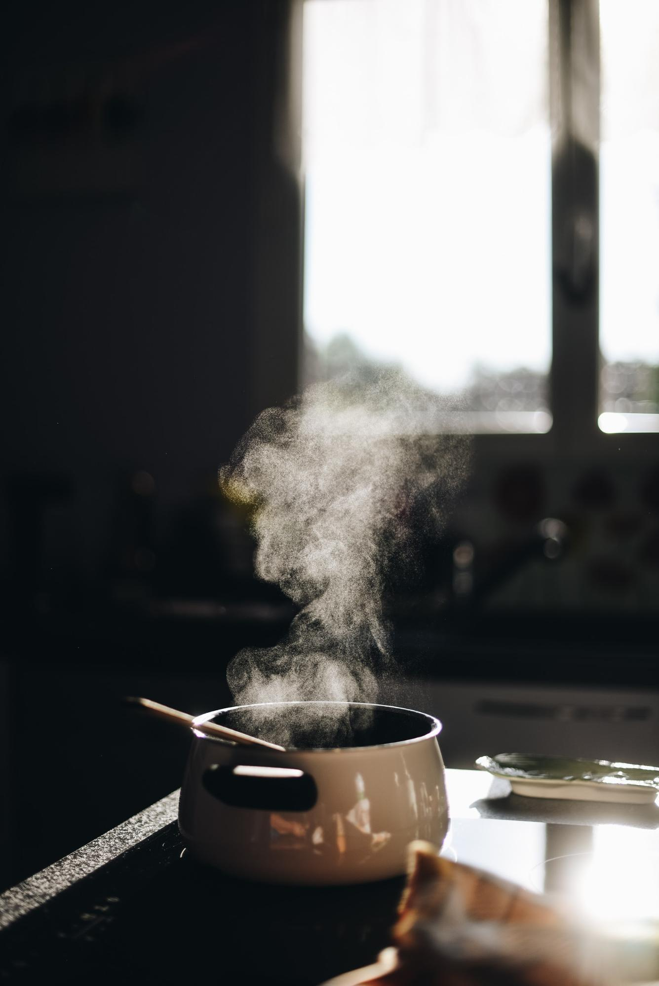 Cooking Oils and Smoke Points: What to Know and How to