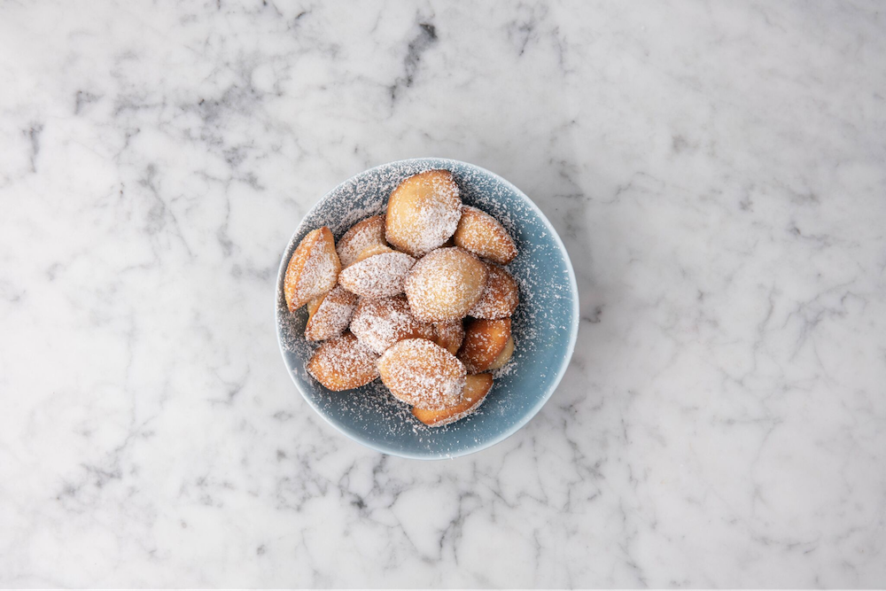 Chef Dominique Ansel's Classic Mini Madeleines Recipe: How to Make French  Butter Cakes