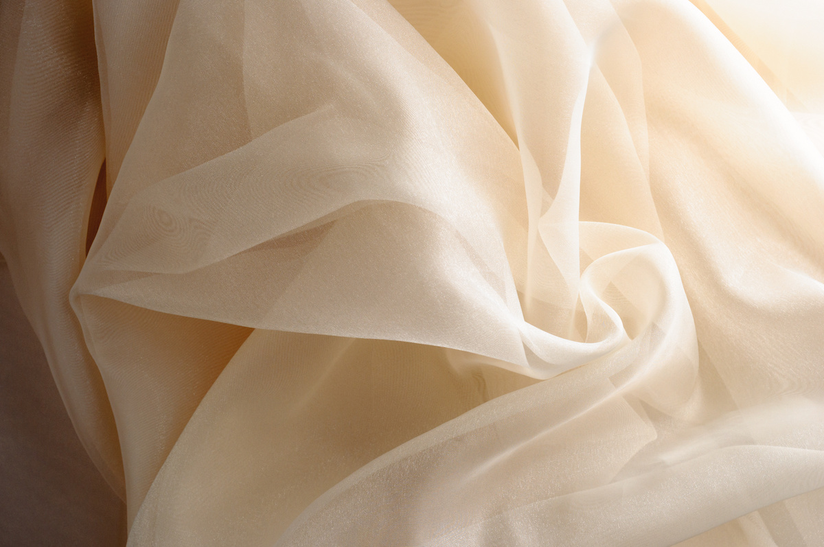 What Is Organza Learn How Organza Is Made And The Many Uses For Organza Fabric 2021 Masterclass