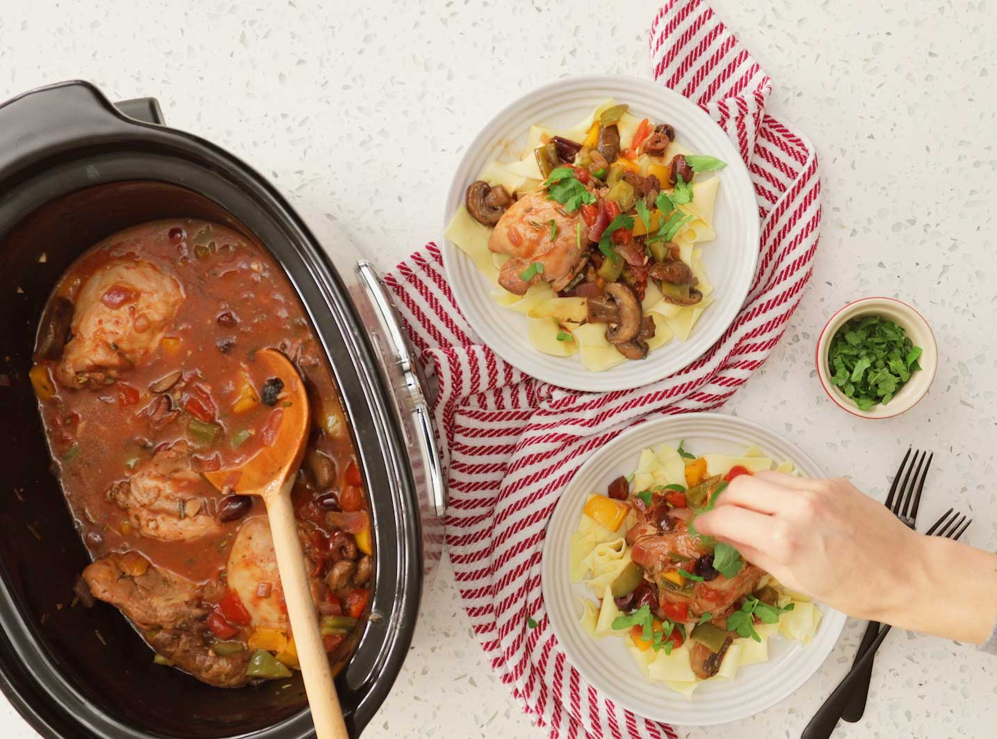20 Slow Cooker Chicken Recipes For Healthy Easy Weeknight Meals
