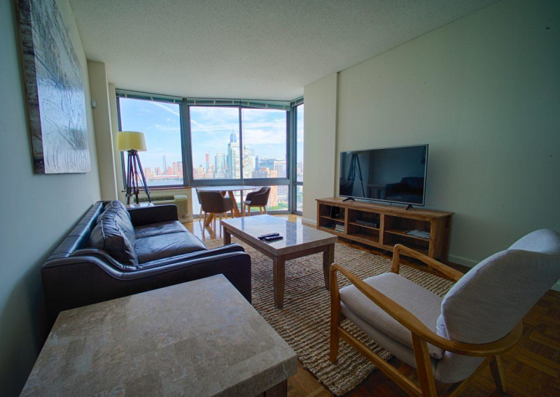 1 Bedroom Furnished Apartment in Jersey City
