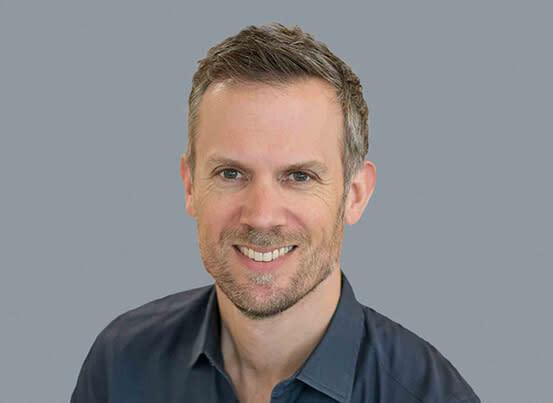 Headshot of chief revenue officer, Rob Jonas