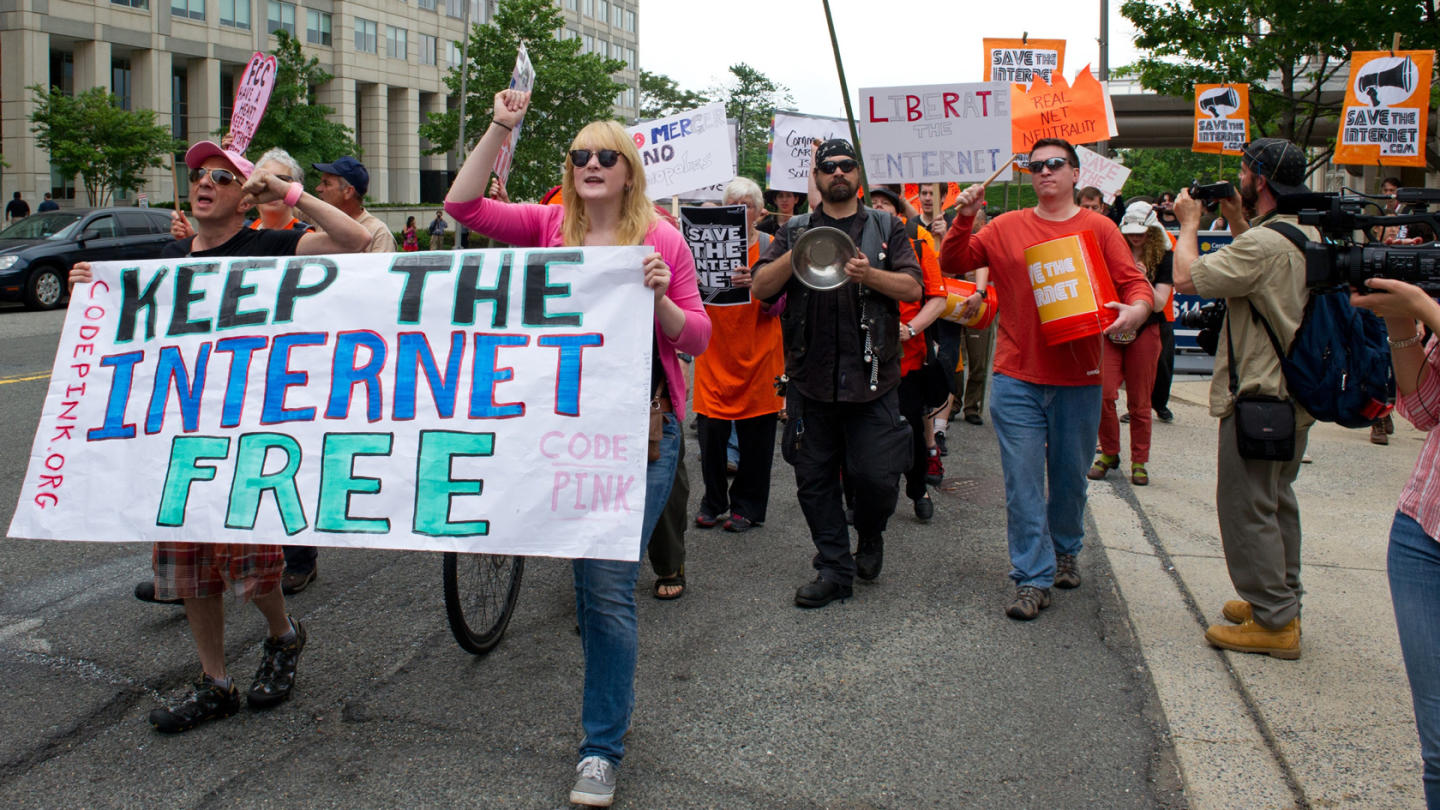 Protest to keep the internet free
