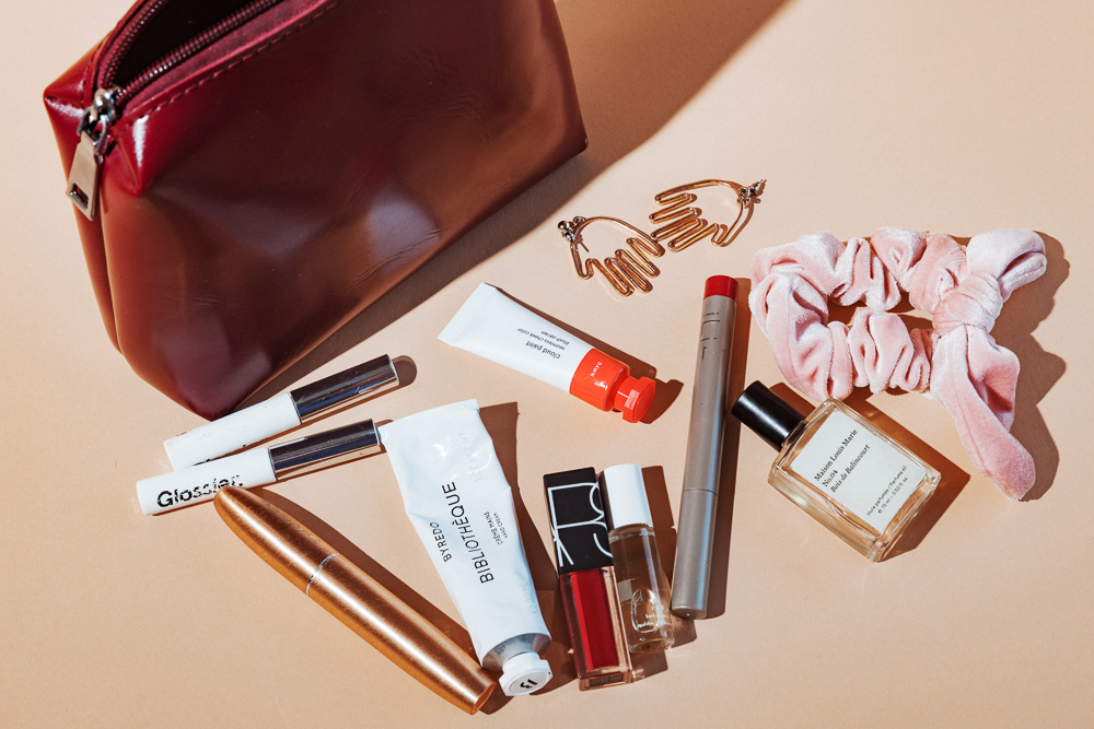 glossier-makeup-bags-2018-2
