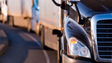 b634b02baa128115b760720b1396f27707364780-transportation trucking-min