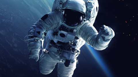 """How to Create Something """"Out of This World"""" with Space Images"""