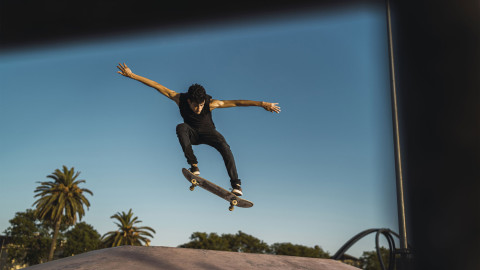 Capturing Dynamic and Authentic Skateboarding Photos