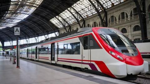e60df577010969d73e37f46d397bc7b447250595-transportation railroads-trains-min