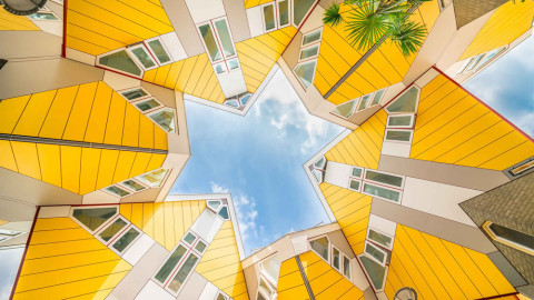 7 Tips on Capturing Unique Stock Images of Landmarks and Buildings