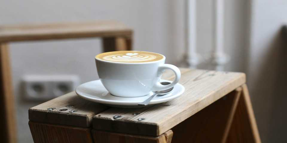picture of a coffee mug with latte art