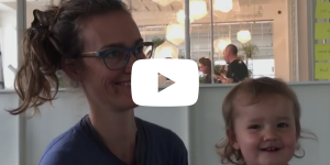 video thumbnail of ida tin with her daughter in the berlin office of clue