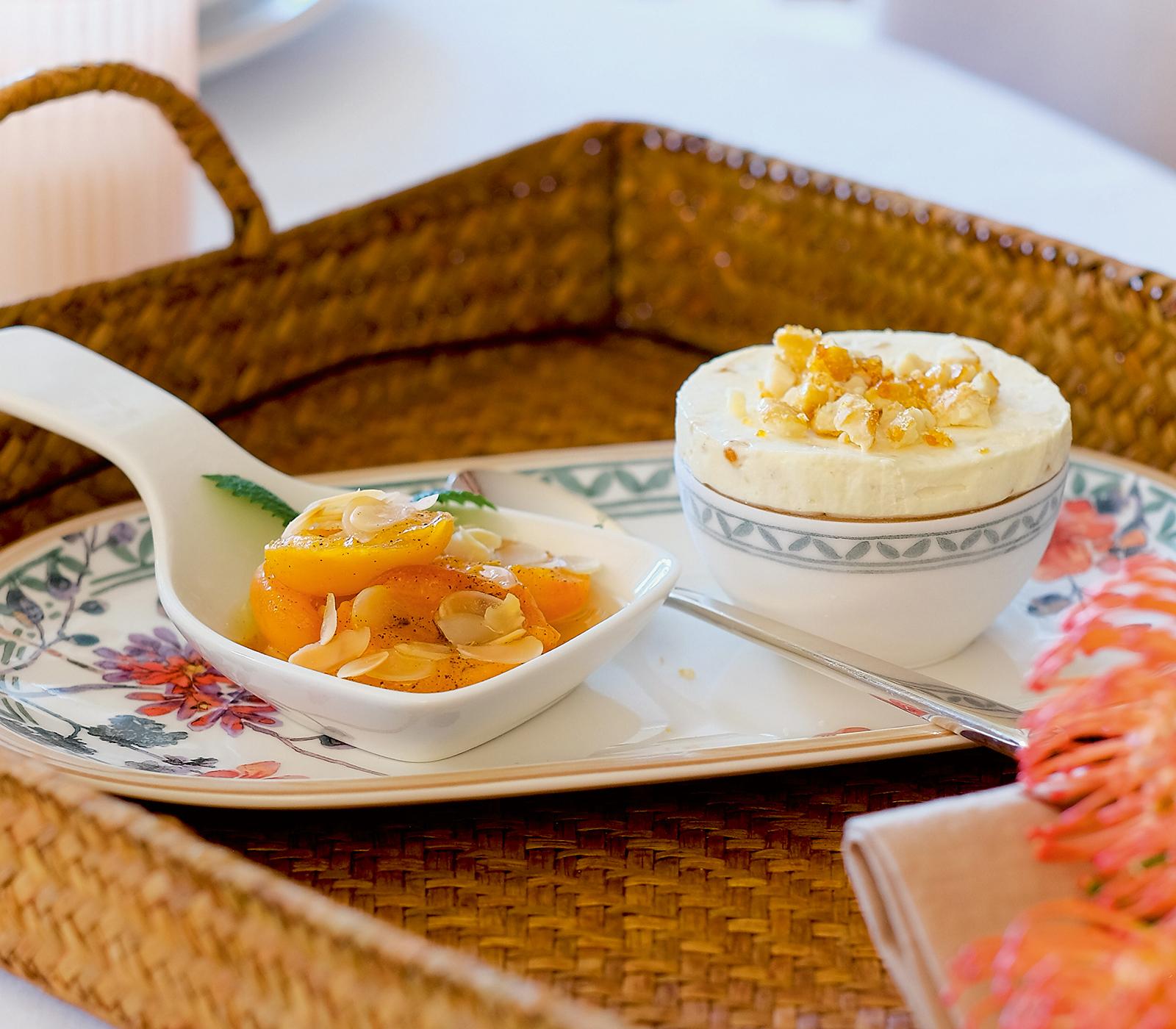 mandelparfait mit gebackenen aprikosen annemarie wildeisens kochen. Black Bedroom Furniture Sets. Home Design Ideas