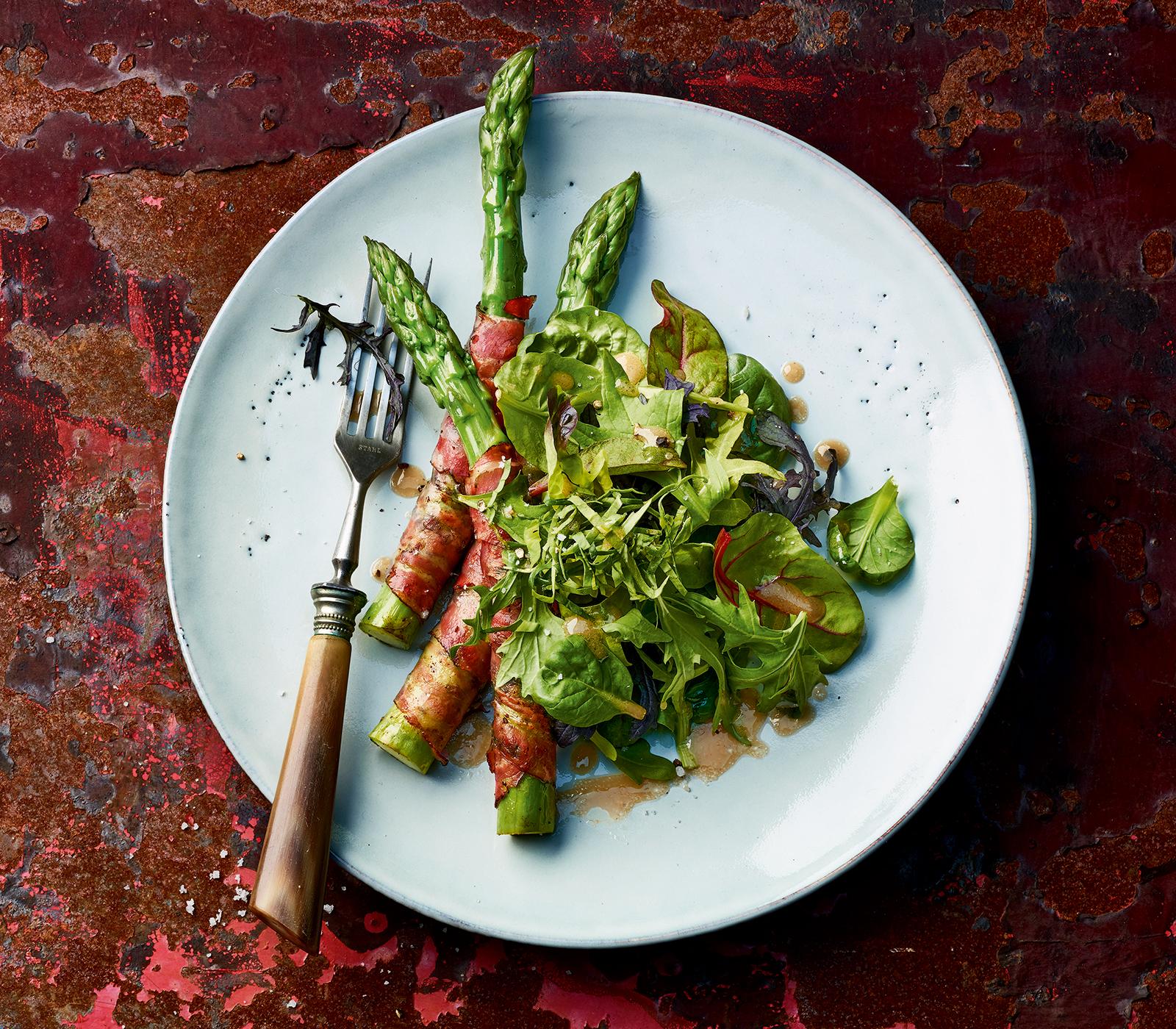 salat mit spargel speck r llchen annemarie wildeisens kochen. Black Bedroom Furniture Sets. Home Design Ideas