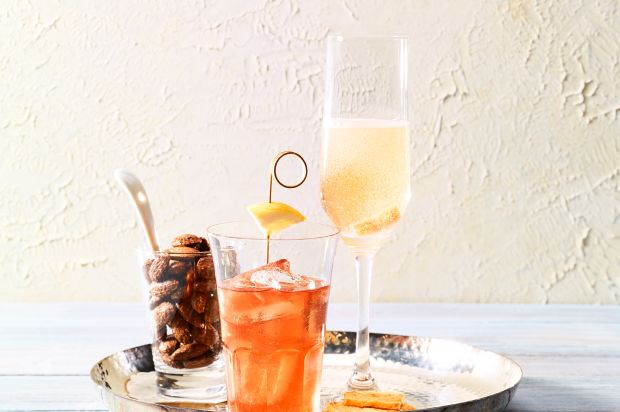 champagner cocktail annemarie wildeisens kochen. Black Bedroom Furniture Sets. Home Design Ideas