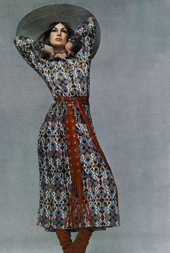 Jean shrimpton by richard avedon. vogue 1971