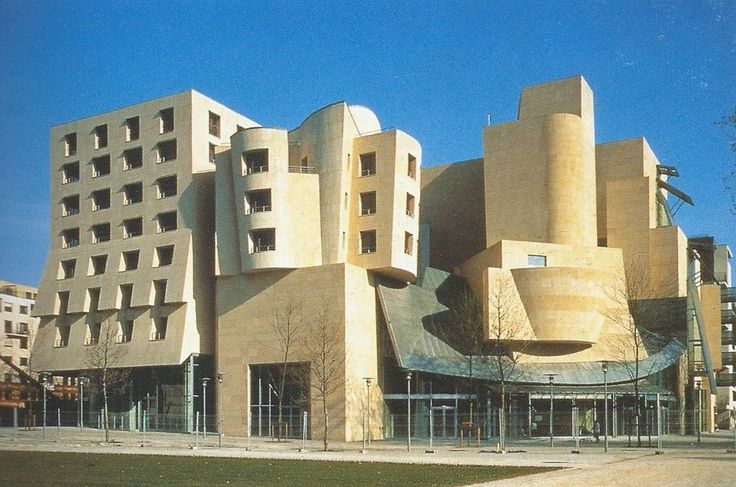 Frank gehry s american center in paris  1994
