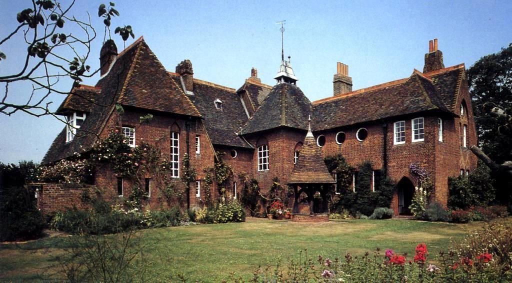 William morris  red house  bexleyheath  1859  by william morris and philip webb