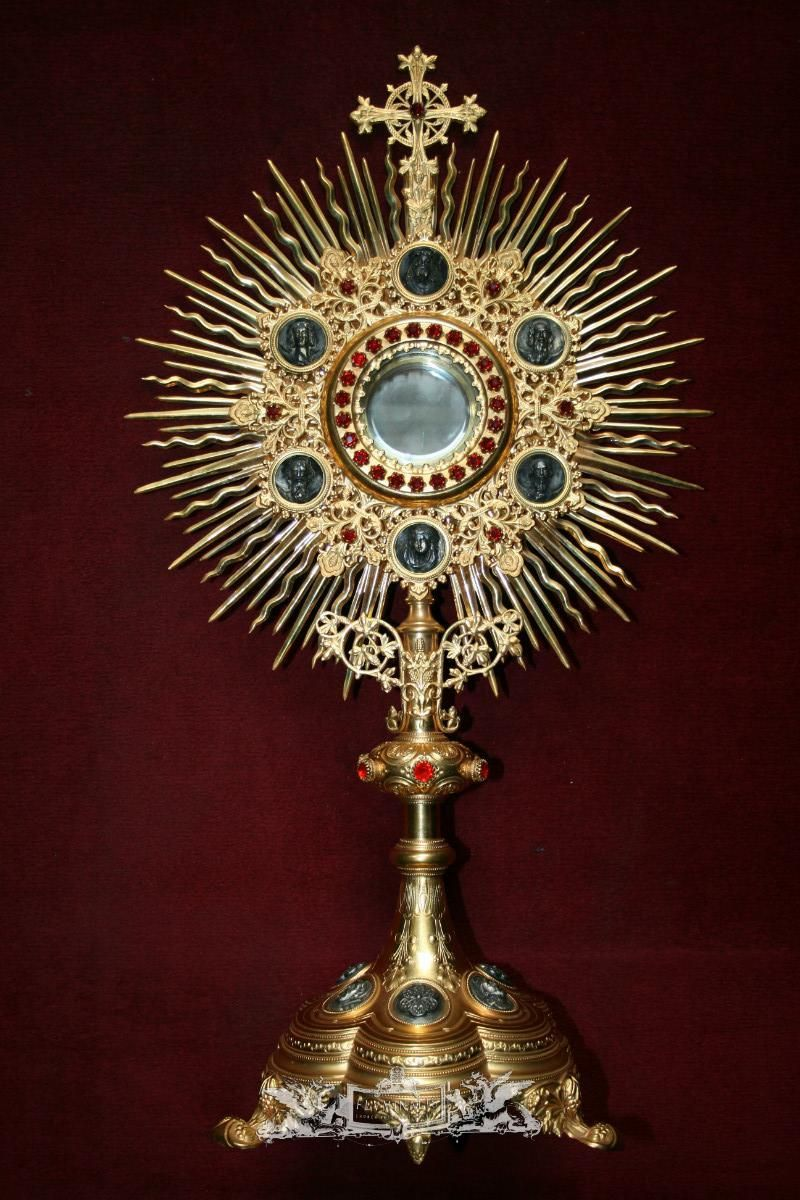 Radiate monstrance  brass   gilt  silver medallions  gem stones  65 cm   26    france  anno about 1870.