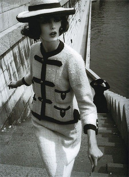 Dorothea mcgowan in a white and navy tweed suit by chanel  photo by william klein in paris  vogue 1960