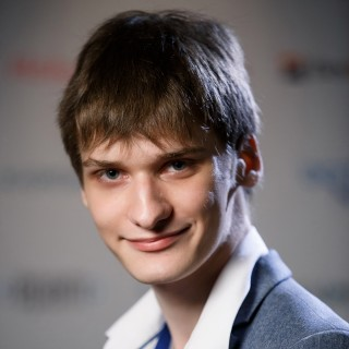 Роман Неволин