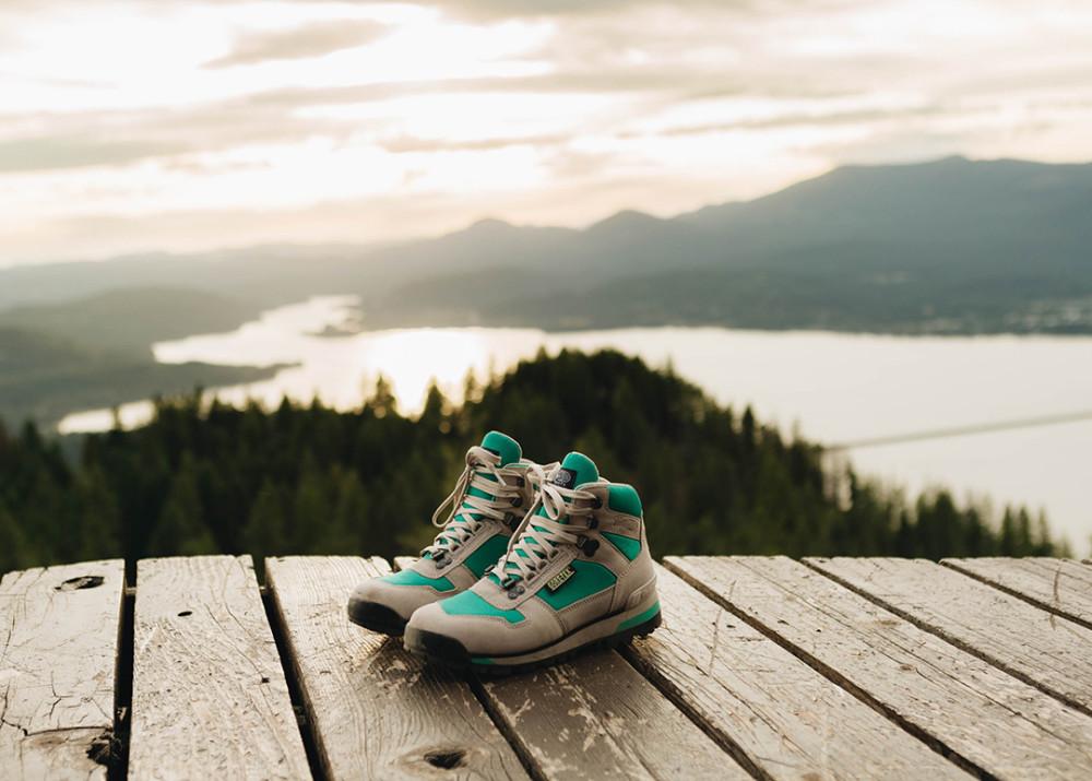 Vasque Clarion 88 GTX Review - Best Retro Hiking Boot ...