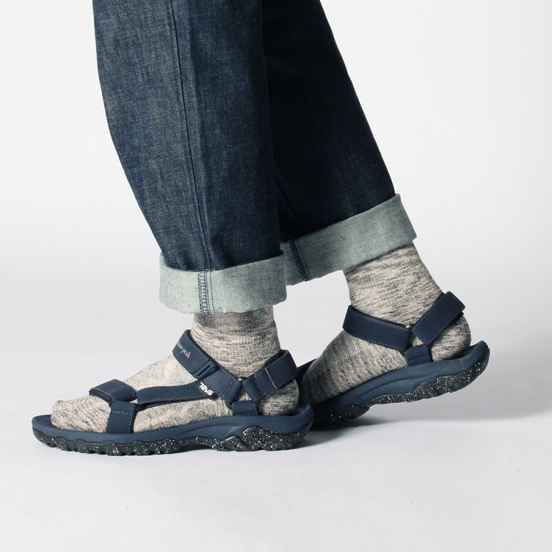81d9833d6639 Snow Peak Collaborates with Teva on Hurricane XLT Sandals - Best Teva  Unisex Sandals