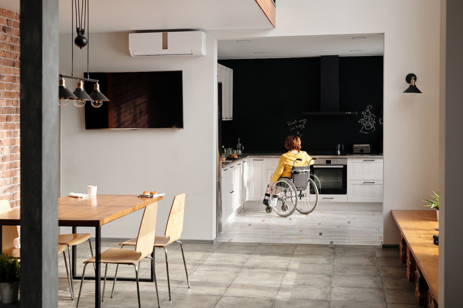 How To Achieve A Broken Plan Home