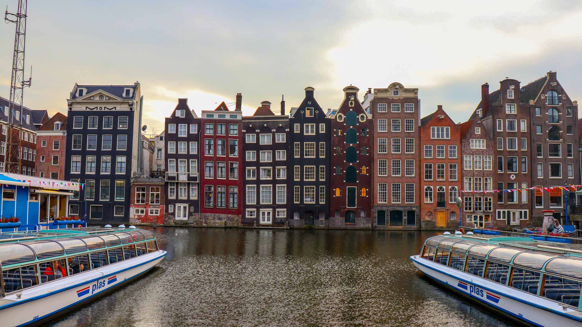 17 Best Photo Spots in Amsterdam