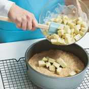 Arrange apple filling evenly over the entire baked crust to cover.