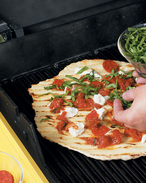 How-To-Make-Grilled-Pizza-Step-6