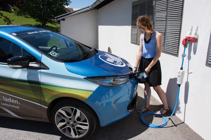 NRGkick-EV-mobile-chargepoint
