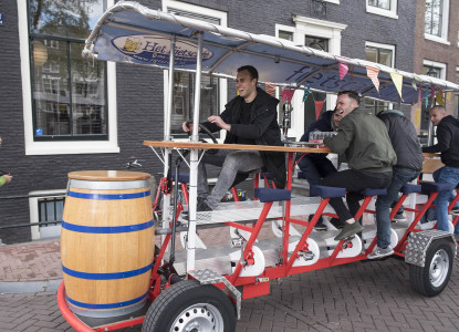 Beer Bike 12 places