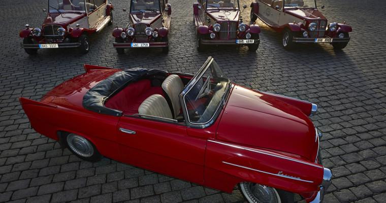 Oldtimer Car Sightseeing Tour Prague