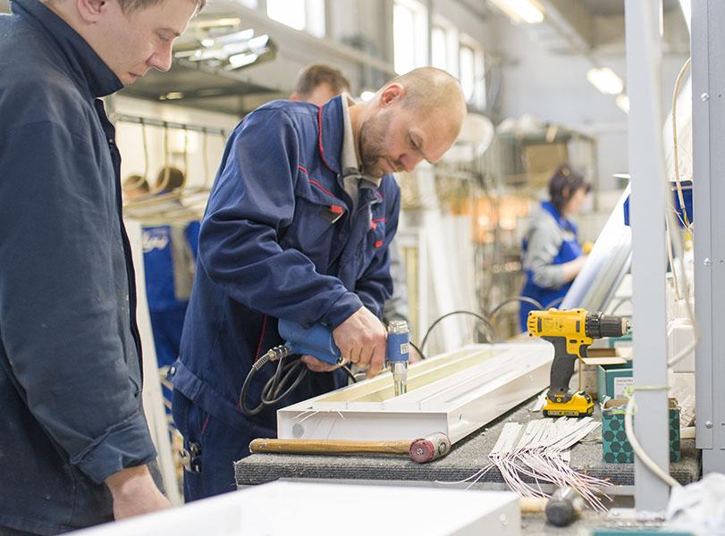 С помощью нацпроекта «Производительность труда» тольяттинский завод Луч будет повышать эффективность производства