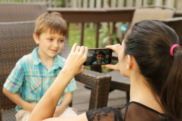 How to Create a Heartwarming Father's Day Video on Your Smartphone