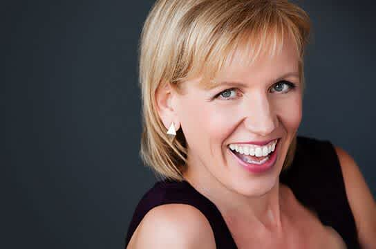 Mari Smith's Winning Facebook Formula for Getting Your Videos Seen