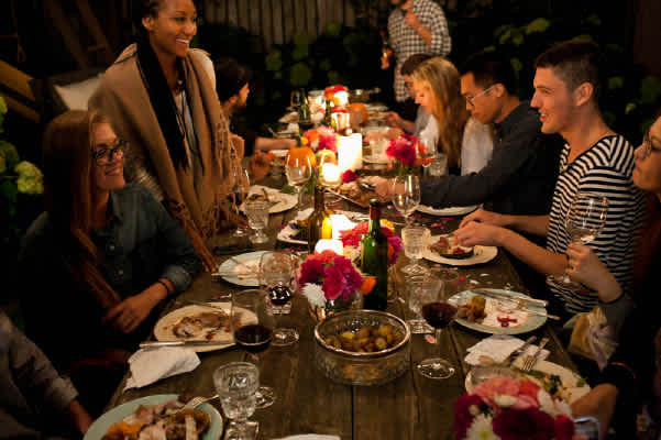 5 Ways to Bring Your Family Together this Thanksgiving with Video
