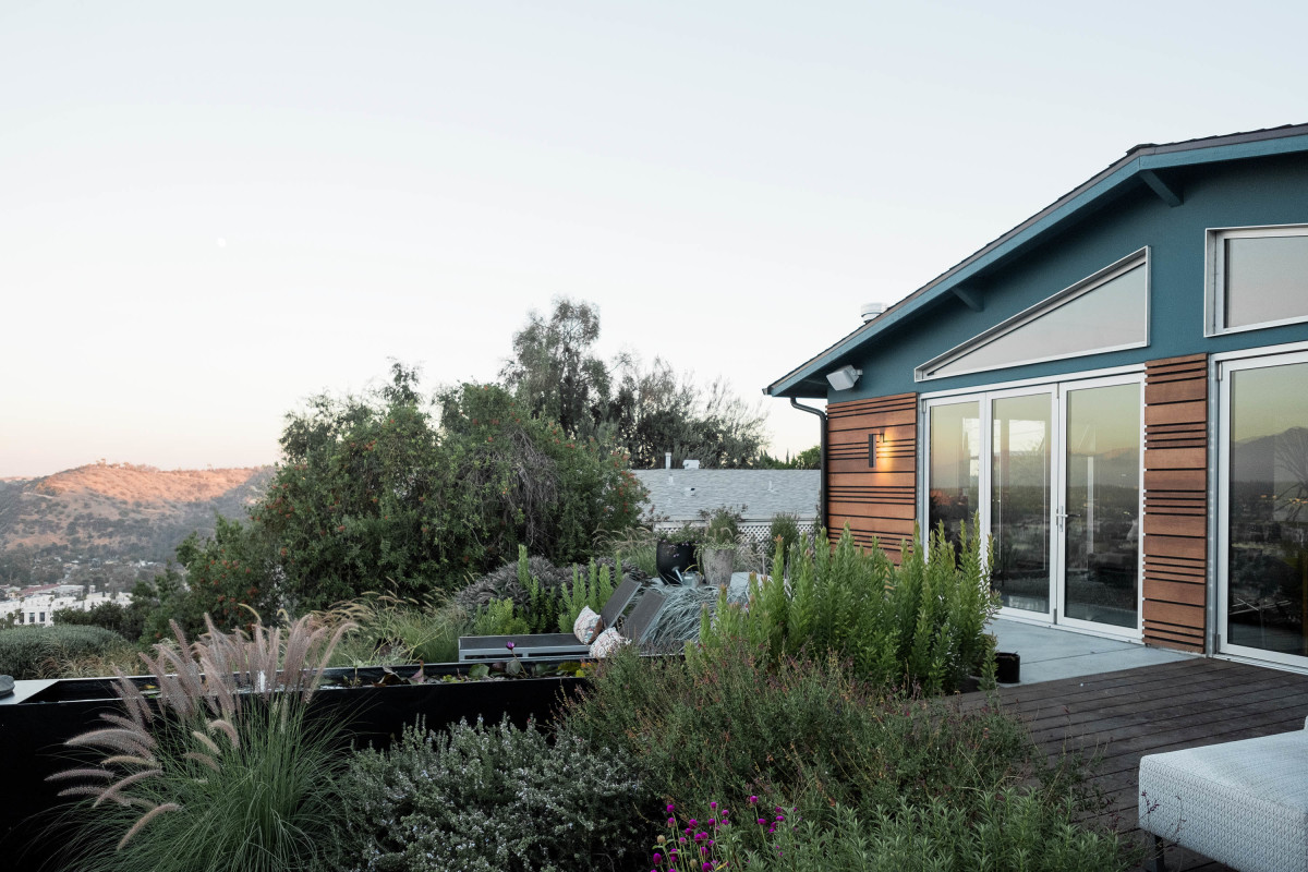 Karin Liljegren, our firm's founder and principal, bought and renovated this 1959 home on a tight hillside site in the Mount Washington neighborhood of Los Angeles. OM Home, as we call the project around here, shows how creative reconfiguration can resolve the challenges of tightly constricted sites.