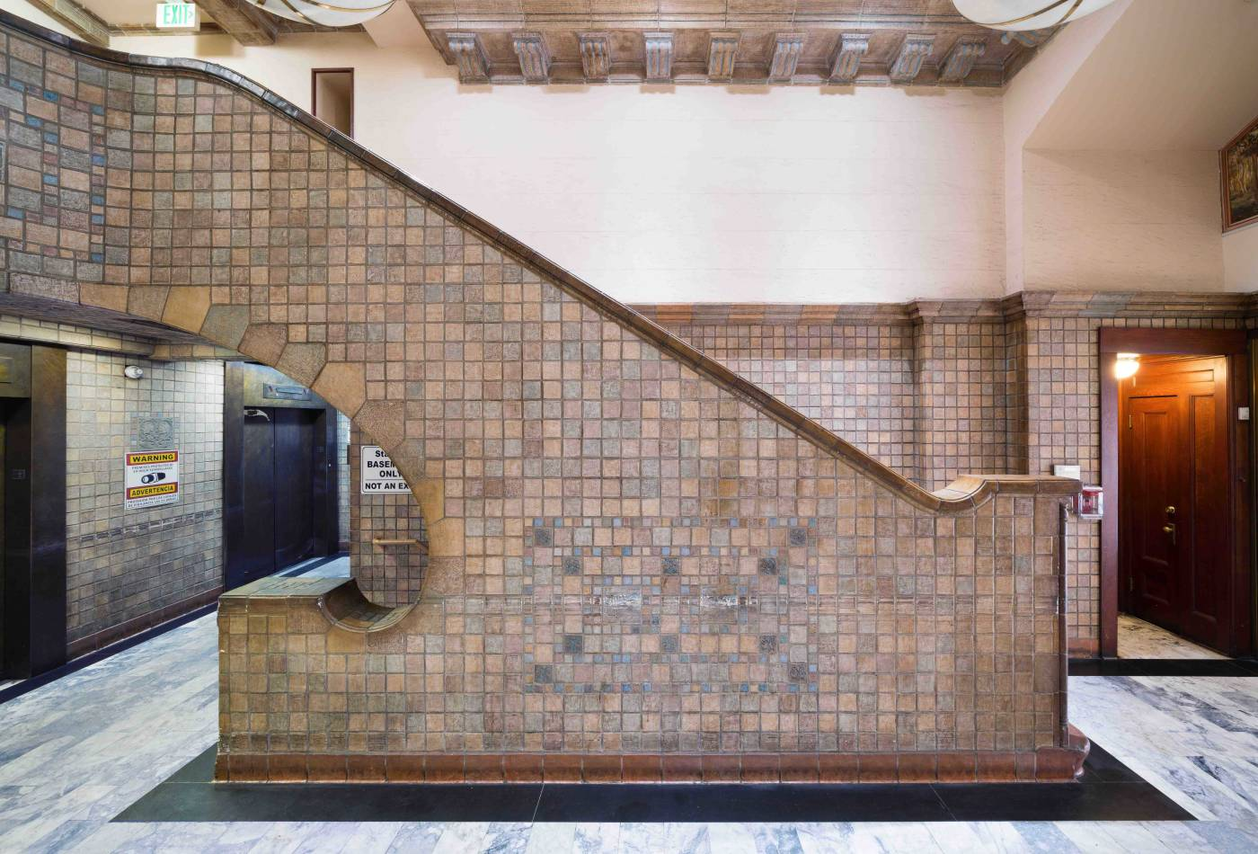 This 12-story, 84,000 sf tower, originally known as the Lane Mortgage Building, was designed by the Los Angeles architect Lester Loy Smith and completed in 1923. Among its original features are an entry lobby with tilework by renowned artisan Ernest Batchelder.