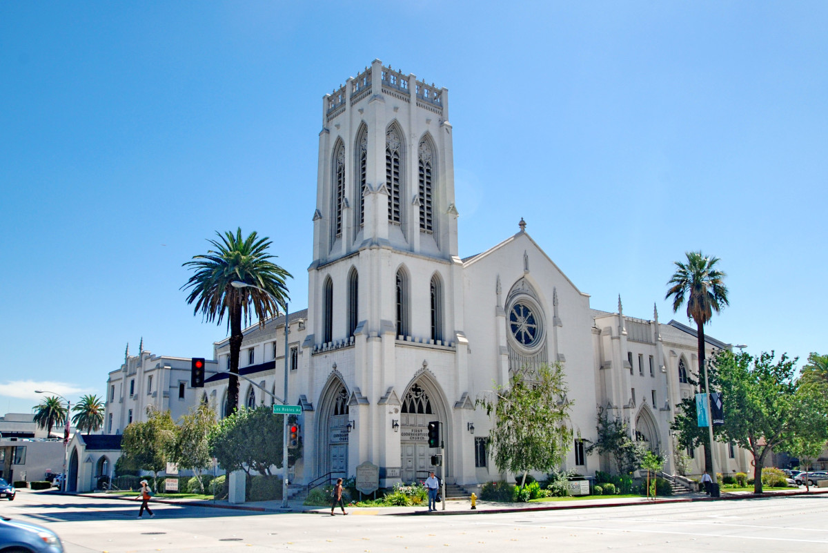 On a prominent one-acre site near the Pasadena Civic Center and Fuller Theological Seminary, Omgivning is working to convert the historic First Congregational Church of Pasadena to eighty residential units, while maintaining the original sanctuary and chapel as an event space and restaurant.