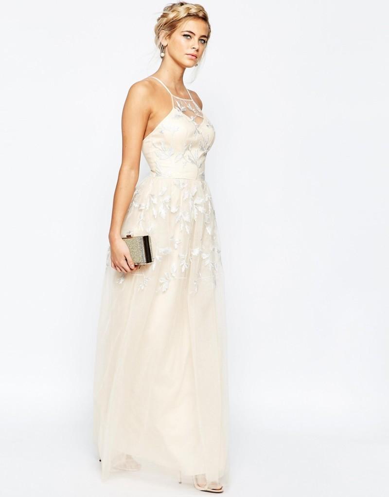 Modernes Brautkleid fürs Standesamt mit farbigem Gürtel