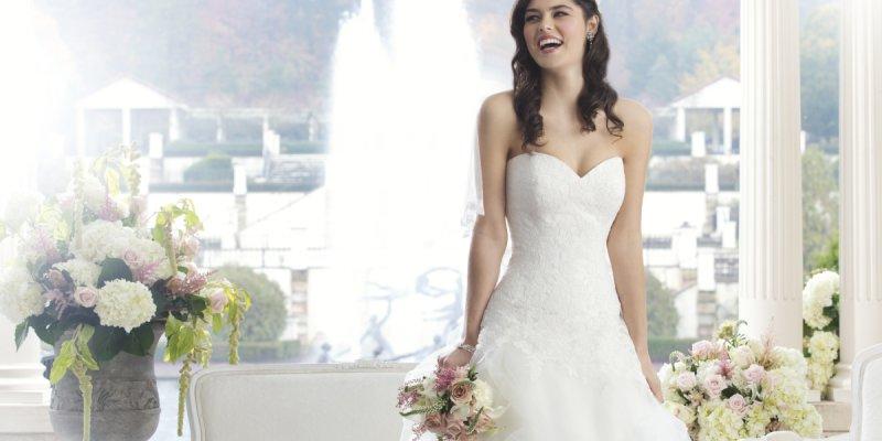 Gewinnt ein zauberhaftes Brautkleid von Sincerity für Eure Hochzeit