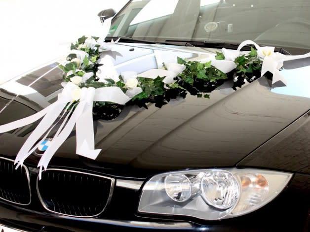 Moderne Deko Fur Den Hochzeitskonvoi