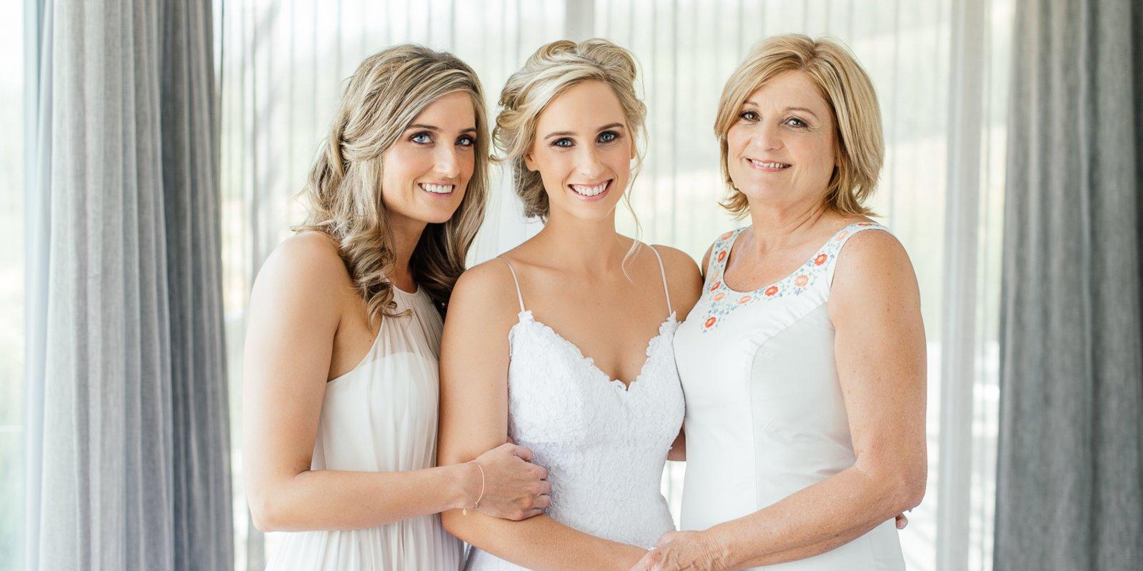 new style ce5a1 e2735 Das Brautkleid online kaufen