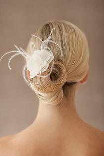 Brautfrisuren hochgesteckt schlicht  Brautfrisuren für mittellange Haare