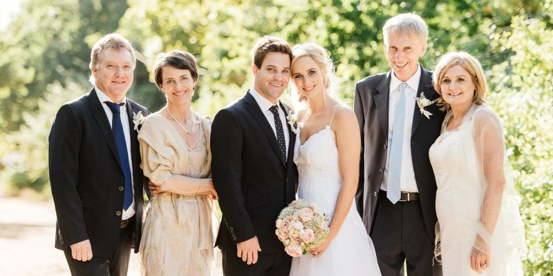 5642482be8e7e4 Was trage ich zur Hochzeit als Gast?